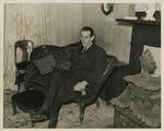 Photograph a Raymond Massey